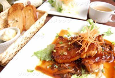 鶏肉のオーブン焼き~和風きのこソース~