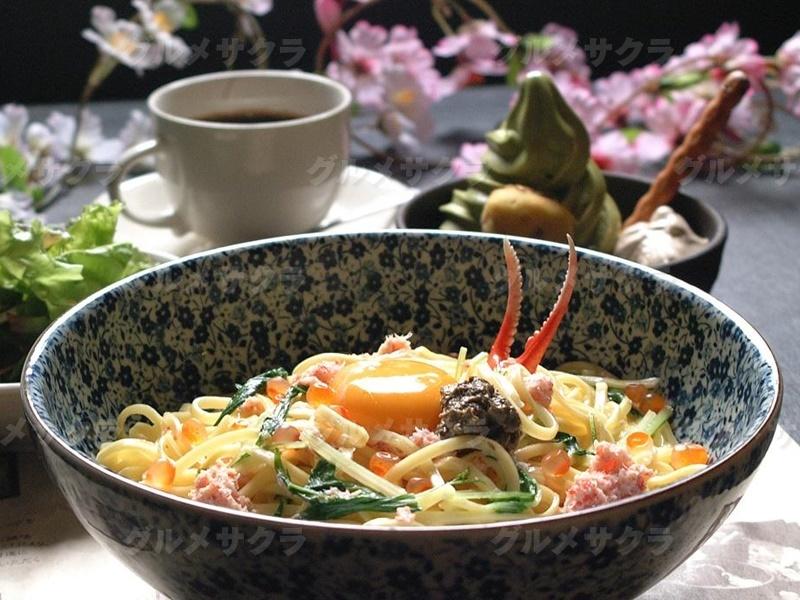 蟹味噌のカルボナーラ 炭焼き風