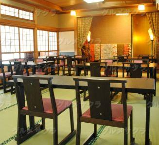 築45年の建物は、京都の置屋のような風情ある空間。宴会場としても重宝。