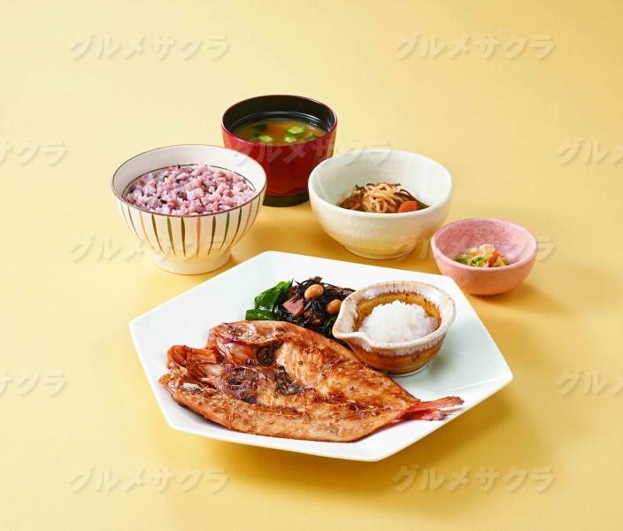 金目鯛の醤油麹漬け炭火焼き定食