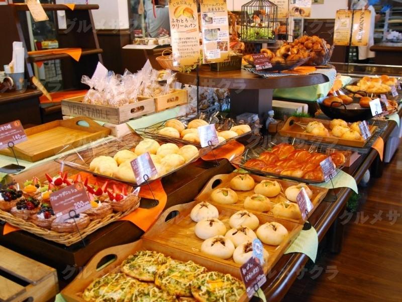 ドゥマンのパンは100種類以上!