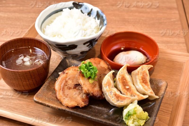 焼餃子・チャーシュー定食